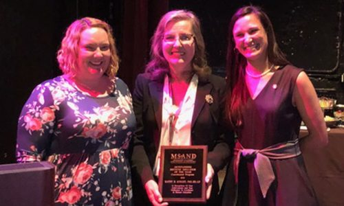 Faculty Member Wins Outstanding Dietetic Educator Award