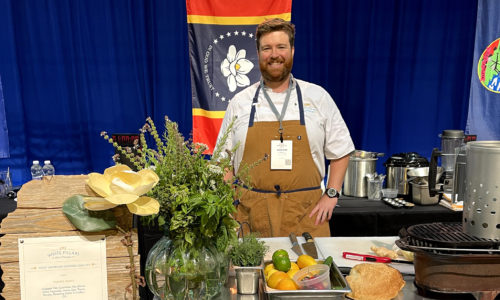 Alumnus Named 2021 'Seafood King' in Competition